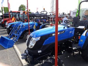 About The Usage And Benefits Of Hobby Farming Tractor