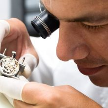 Remain punctual with apposite care of your watch consulting expert watch mechanic