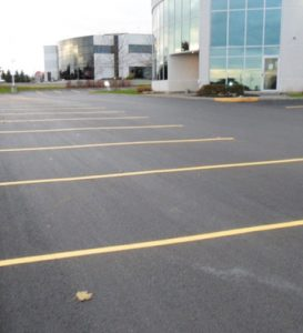 Commercial Parking Lot and Commercial Paving Can Give Your Parking Lots a New Look